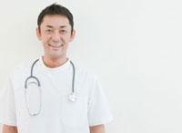 医師のポートレート 10208000700| 写真素材・ストックフォト・画像・イラスト素材|アマナイメージズ