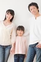 仲の良い家族のポートレート
