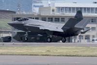 F-35  戦闘機 10219000467| 写真素材・ストックフォト・画像・イラスト素材|アマナイメージズ