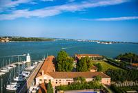 ヴェネツィア サン・ジョルジョ・マッジョーレ教会の鐘楼からの眺め 10222008871| 写真素材・ストックフォト・画像・イラスト素材|アマナイメージズ