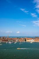 サン・ジョルジョ・マッジョーレ教会の鐘楼からヴェネツィアの眺め 10222008875| 写真素材・ストックフォト・画像・イラスト素材|アマナイメージズ
