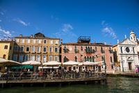 運河からヴェネツィア都市風景 10222008983| 写真素材・ストックフォト・画像・イラスト素材|アマナイメージズ