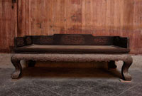 古い中国様式の寝台