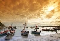 boats 10244002184| 写真素材・ストックフォト・画像・イラスト素材|アマナイメージズ