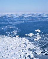 流氷 10247000174| 写真素材・ストックフォト・画像・イラスト素材|アマナイメージズ