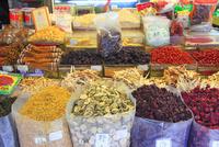 漢方薬と乾物の中華食材