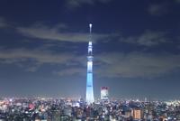 東京スカイツリーのライトアップ 10247018624| 写真素材・ストックフォト・画像・イラスト素材|アマナイメージズ