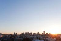 朝日と副都心新宿 10260000211| 写真素材・ストックフォト・画像・イラスト素材|アマナイメージズ
