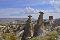 カッパドキア奇窟群の3姉妹の岩