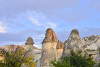 ゼルベの谷に並ぶ奇岩群