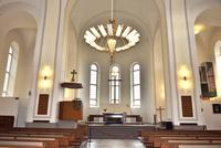 スオメンリンナ教会内部 10261022628| 写真素材・ストックフォト・画像・イラスト素材|アマナイメージズ