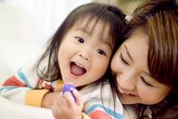 母子 10264007571| 写真素材・ストックフォト・画像・イラスト素材|アマナイメージズ