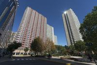 ニュージャージーウオーターフロント新興高層住宅街 10266001653| 写真素材・ストックフォト・画像・イラスト素材|アマナイメージズ