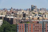 アッパーイースト マンハッタンからのブロンクス街並み 10266001703| 写真素材・ストックフォト・画像・イラスト素材|アマナイメージズ