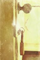 ドアノブと錠前
