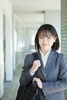 日本人のビジネスウーマン 10272002403  写真素材・ストックフォト・画像・イラスト素材 アマナイメージズ