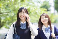 2人の日本人女子高生