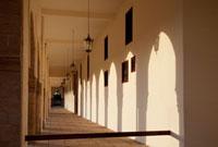 霊廟ホールの廊下