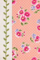 ピンクの花柄の布と葉のリボンのコラージュ 10285000023| 写真素材・ストックフォト・画像・イラスト素材|アマナイメージズ