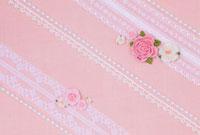 ピンクのレースとバラのコラージュ