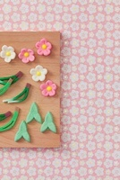 松竹梅の和菓子 10285001258| 写真素材・ストックフォト・画像・イラスト素材|アマナイメージズ