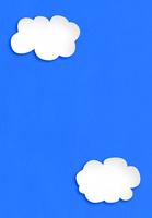 青い紙に白い雲 10319000076| 写真素材・ストックフォト・画像・イラスト素材|アマナイメージズ