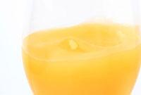 オレンジジュース 10323000698  写真素材・ストックフォト・画像・イラスト素材 アマナイメージズ