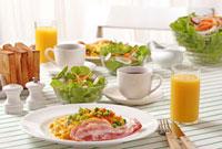 朝食 10323002224| 写真素材・ストックフォト・画像・イラスト素材|アマナイメージズ