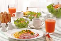朝食 10323002225| 写真素材・ストックフォト・画像・イラスト素材|アマナイメージズ