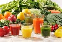 ジュースと野菜・果物