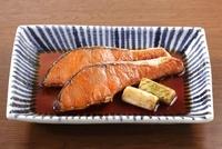 鮭の焼き漬け 10323004480| 写真素材・ストックフォト・画像・イラスト素材|アマナイメージズ
