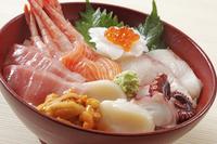 海鮮丼 10323005325| 写真素材・ストックフォト・画像・イラスト素材|アマナイメージズ