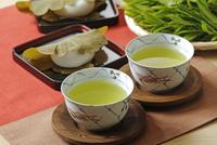 日本茶とかしわ餅