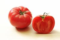 トマト 10323005948| 写真素材・ストックフォト・画像・イラスト素材|アマナイメージズ