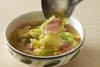 春きゃべつのスープ