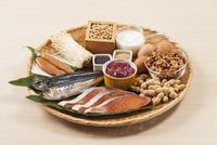 ビオチンを多く含む食品 10323008210| 写真素材・ストックフォト・画像・イラスト素材|アマナイメージズ