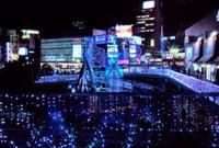 三ノ宮駅前のイルミネーション 10330000061| 写真素材・ストックフォト・画像・イラスト素材|アマナイメージズ