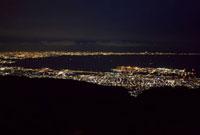 六甲ガーデンテラスから望む神戸の夜景 10330000126| 写真素材・ストックフォト・画像・イラスト素材|アマナイメージズ
