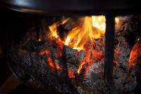 暖炉の火 10330000524| 写真素材・ストックフォト・画像・イラスト素材|アマナイメージズ