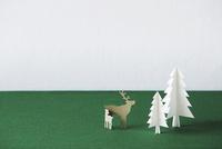 もみの木と動物
