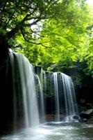 鍋ヶ滝 10341001437| 写真素材・ストックフォト・画像・イラスト素材|アマナイメージズ