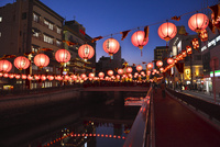 長崎ランタンフェスティバル 10341010827| 写真素材・ストックフォト・画像・イラスト素材|アマナイメージズ