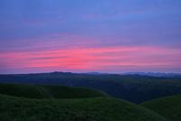阿蘇 大観峰からの眺望 10341011298| 写真素材・ストックフォト・画像・イラスト素材|アマナイメージズ