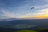 熊本県 阿蘇大観峰 10341011350| 写真素材・ストックフォト・画像・イラスト素材|アマナイメージズ