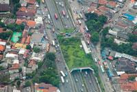 上空から見たジャカルタの街角