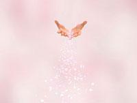 手から流れ落ちる桜吹雪