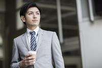 日本人20代のビジネスマン
