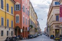モデナ旧市街の街並みと通り