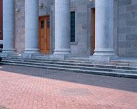 石造りの建物の柱 10381001266| 写真素材・ストックフォト・画像・イラスト素材|アマナイメージズ