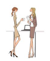 オフィスで休憩中のOLの女の子 10402000304| 写真素材・ストックフォト・画像・イラスト素材|アマナイメージズ